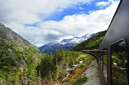 Photo of skagway white pass yukon train