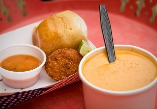 Photo of bisque crab cakes and rolls