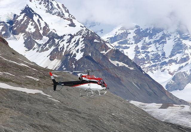 helicopter in denali national park